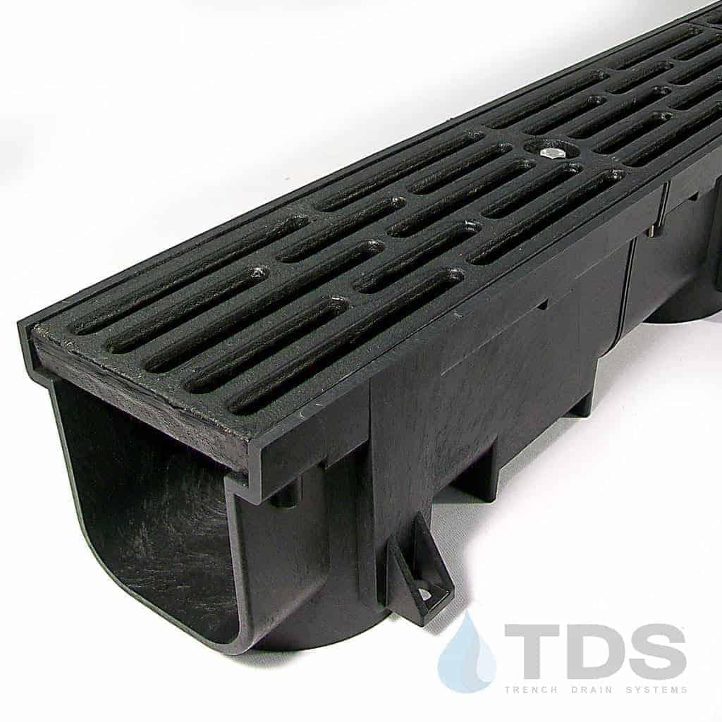 Polylok-di-trans-slot-grate-in-blk-channel-TDS