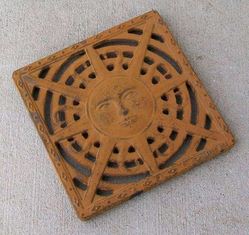 untreated-cast-iron-rusting sun Iron age grate