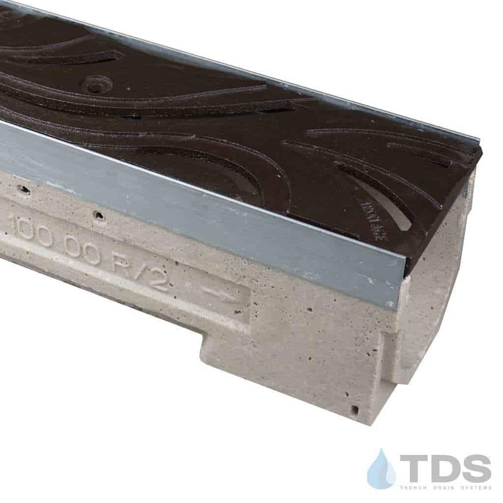 U100K-Minione-boof deco cast iron grate ironage ulma polymer concrete channel galv edge