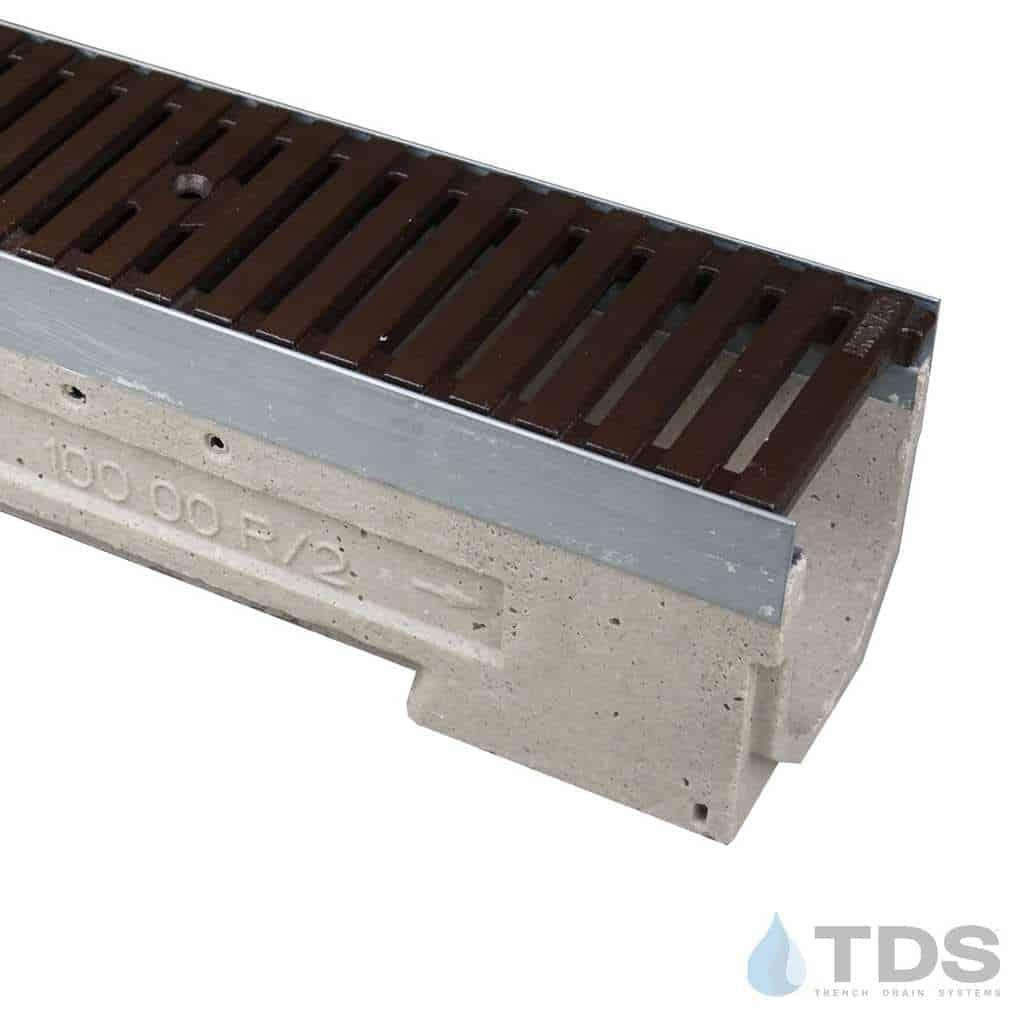 U100K-RegularJoe-boof Ironage deco cast iron grate polymer concrete ULMA channel galv edge