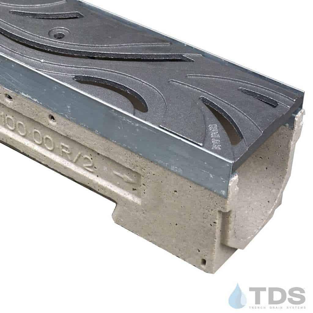 U100K00M-Minione Cast Iron Deco Iron Age grate polymer concrete Ulma channel galv edge