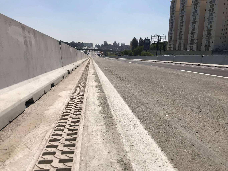 highway grate drains