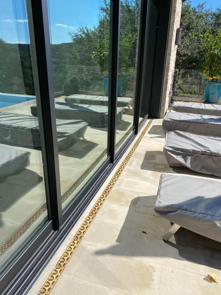 Bronze Age Tardis pool install